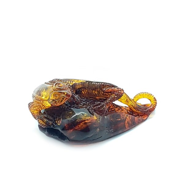 Cognac Amber Carved Lizard